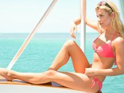 5-astuces-pour-avoir-un-joli-decollete-sur-la-plage